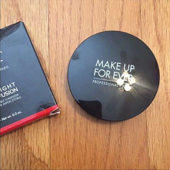 Makeup Forever Other - Makeup forever pro fusion highlight